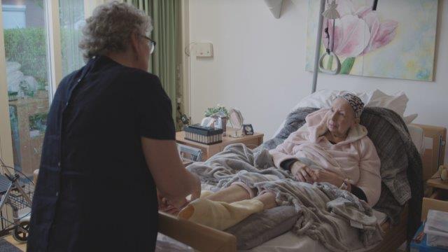 hospice-massage-01-weinig-pixels